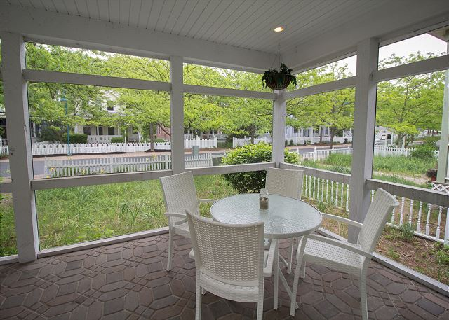 View Chi Scape A Michigan City Vacation Rental