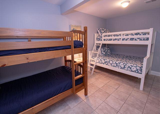 Basement bunk bedroom