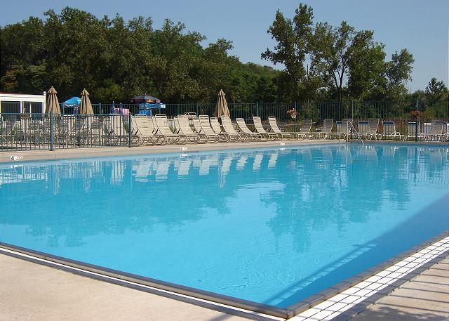 Beachwalk Resort Pool (Seasonal)