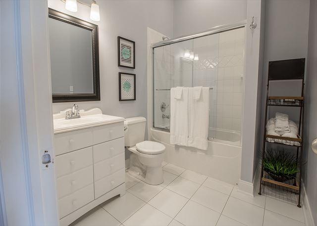 Second story Full Bath