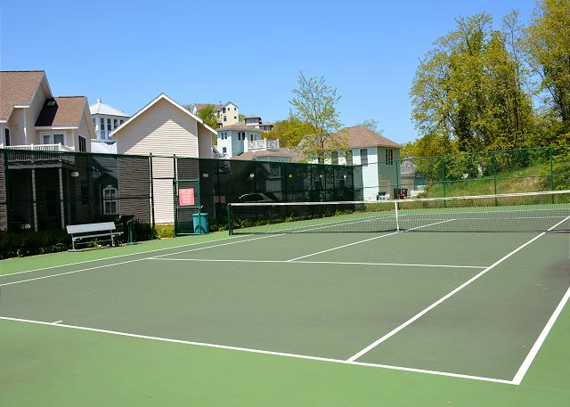 Tennis-Resort Amenity