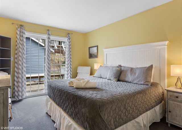 Master Bedroom with King bed and access to back deck