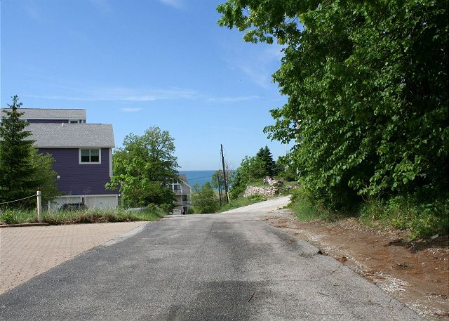 Road from the house to the beach