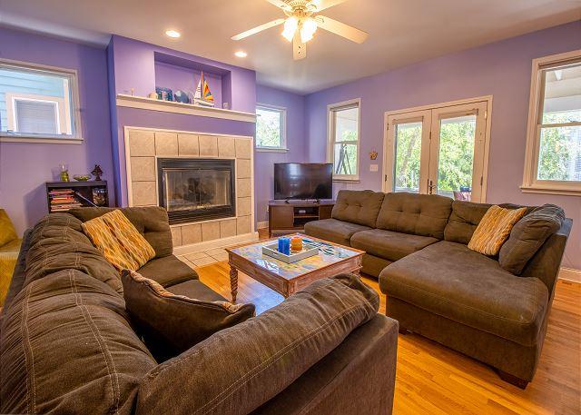 Main Level Living room