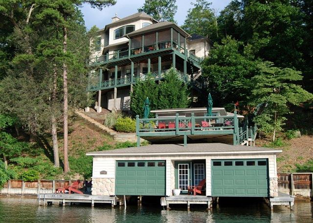 Casa Largo- View from Lake. 2 Kayaks for your use on Lake Lure