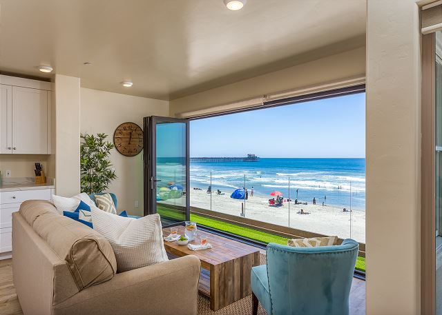 4 Bd Vacation Condo Oceanside Beachfront Only Vacation