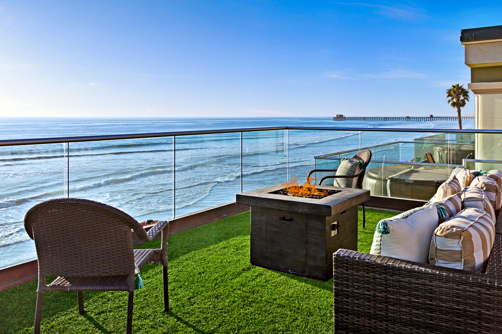 12 Bed Oceanside, CA Vacation Home | Beachfront Only Vacation Rentals