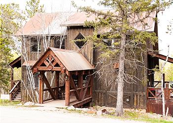 Gilded Mountain Cabin Rentals | Black Hills Adventure Lodging