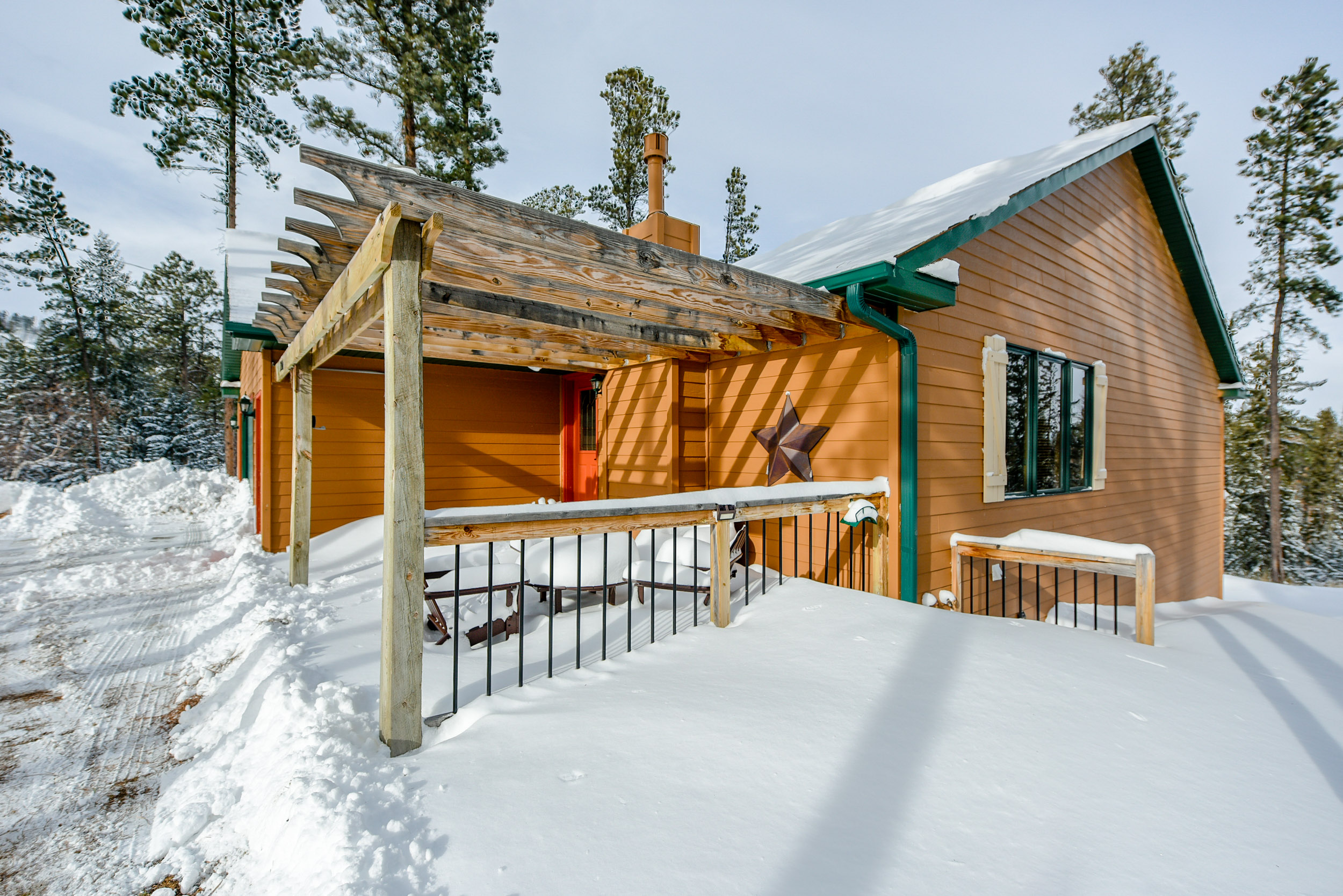 peak pines cabin cabins vacation black in lodging hills arrival pinetop adventure rentals