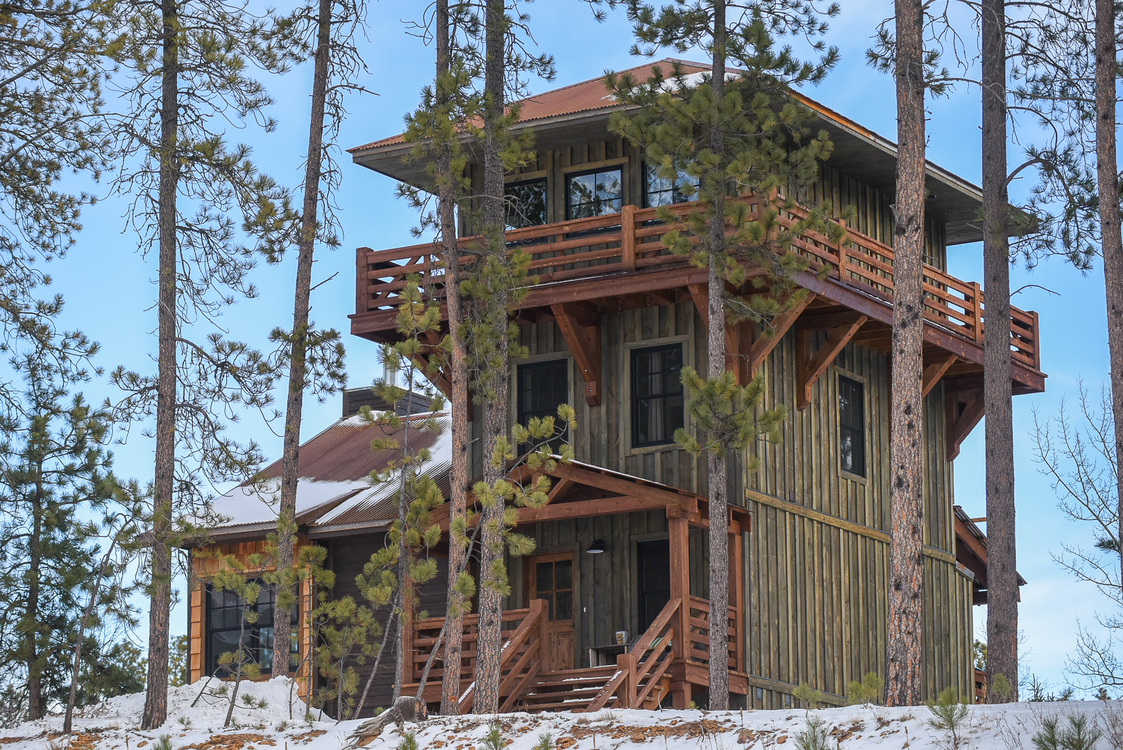 Lookout tower black hills adventure lodging for Lookout tower house