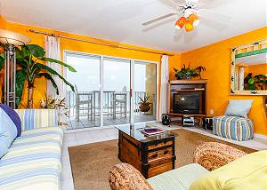 GD 307:Get your beach fix from this EXTRAVAGANT waterfront 1BR
