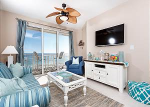 Gulf Dunes 608: beautiful 2 bedroom, BEACH FRONT - OUTSTANDING VIEWS!