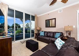 Waterscape C301: Magnificent condo~LAZY RIVER~BCH SVC~HOT TUB~KID FRIENDLY!