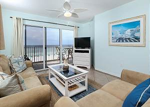 Gulf Dunes 402: GARAGE PARKING, FREE GOLF, Free Beach Service included!