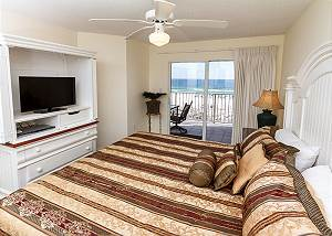 GD 308:Comfortable beachfront condo! WiFi, pool,BBQ,tennis, FREE BCH SVC