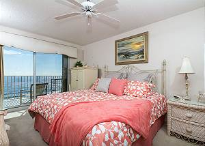 SL501:BEACH FRONT 2BR w/AMAZING VIEWS, FREE GOLF, MOVIES, BEACH CHAIRS&MORE!