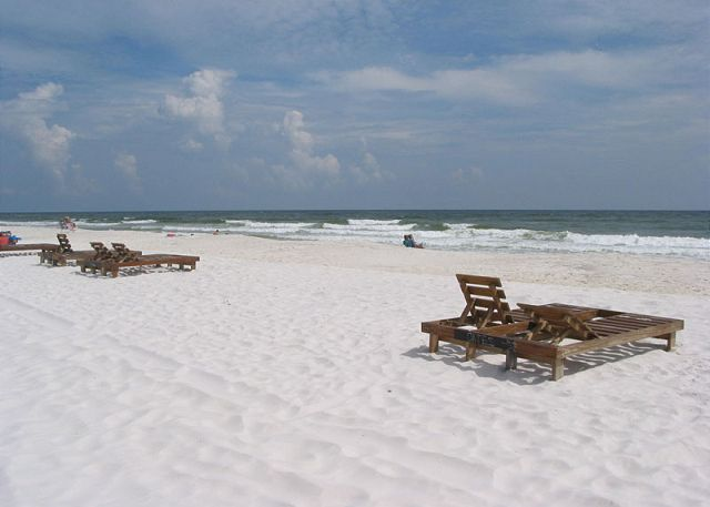 Beach area in front of Sandpiper to east.
