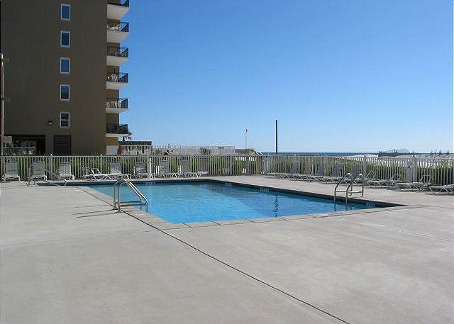 Gulf Village Outdoor Pool