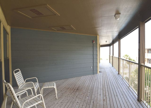 Common Deck Area