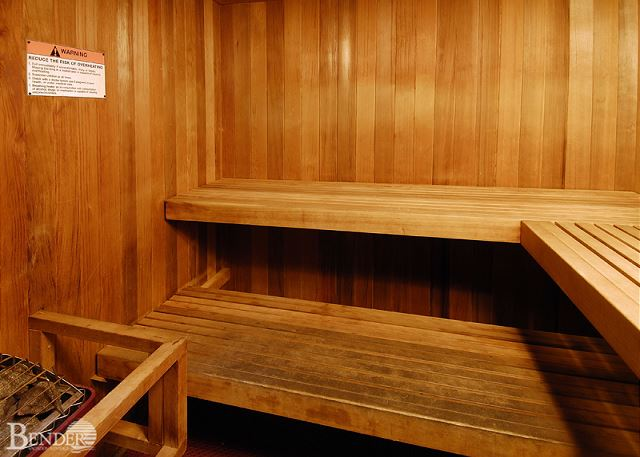 Sauna/steam room.