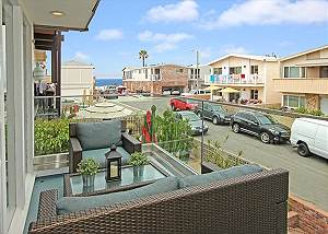 """Home Away from Home"" with Two Patios, Rooftop Deck, Ocean Views"