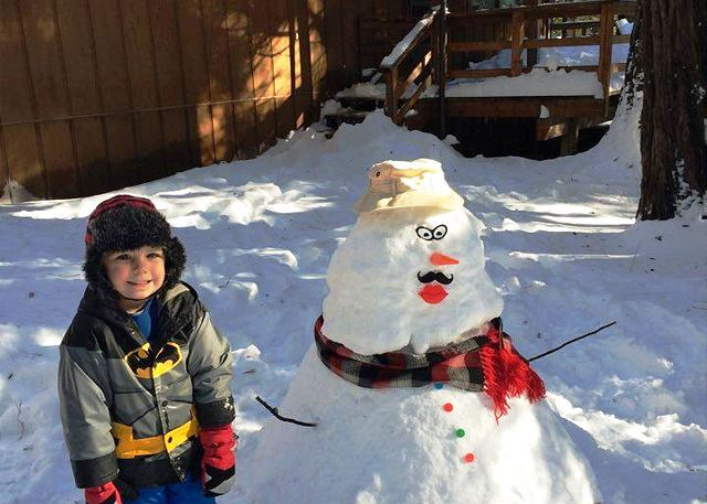 "2015 Wakanda Cabin Snowman Entry submitted by Wakanda Cabin Guests.  ""Like"" us on Facebook for information on our next fun contest!"