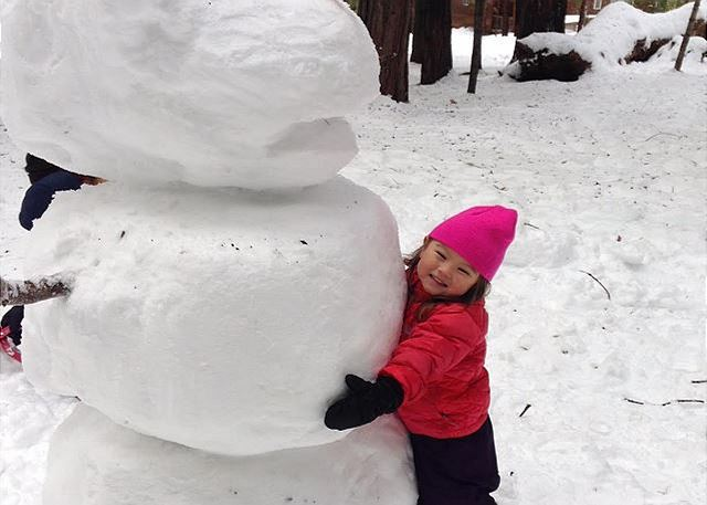 2015 Come Rest Awhile Snowman Entry, submitted by Come Rest Awhile Guests. LIKE us on Facebook and look for details of our next FUN contest!