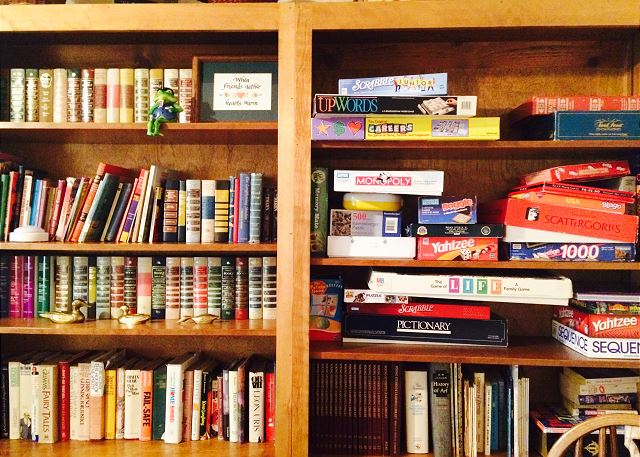 Many games, books and puzzles for rainy or snowy days