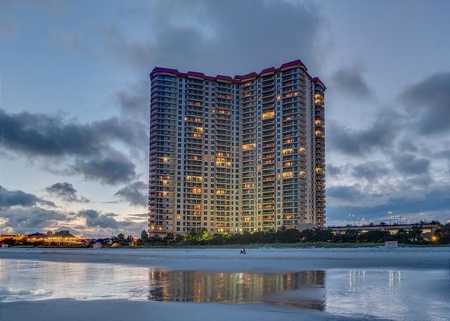 MARGATE TOWER 2605 3BR 3BA OCEANFRONT