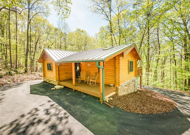 Ravenwood Cabin-NEW LISTING