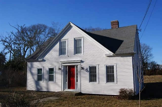 Cape cod vacation home rentals beach house oceanfront for Dennis mill cabin