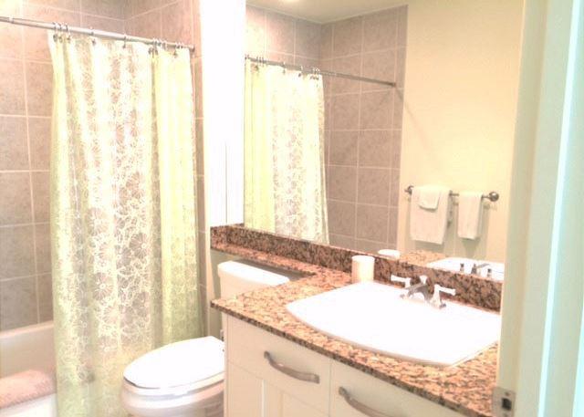 Upper Level Guest Bath