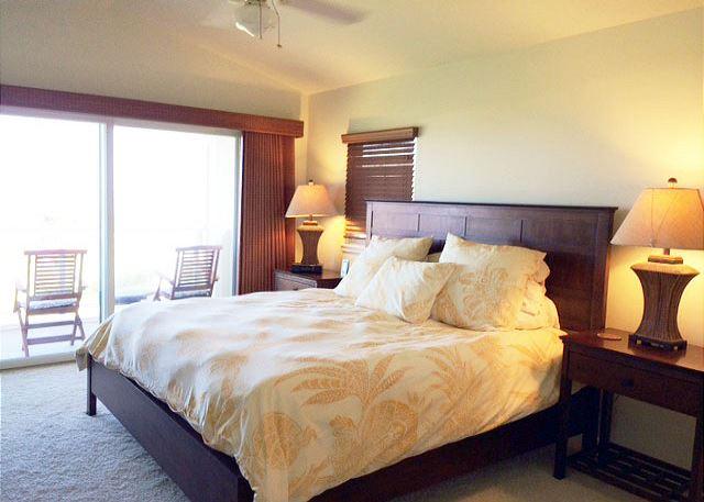 Master Bedroom to Lanai