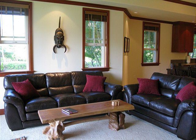 Living Area features comfortable seating