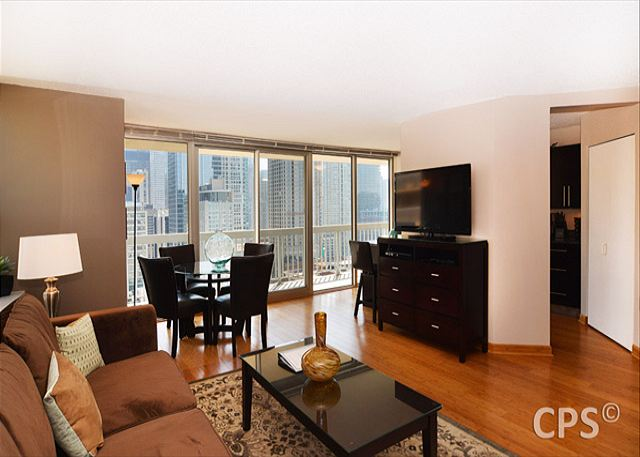 2 bedroom suite chicago magnificent mile. living/family room-comfortable area with 46\u201d high definition lcd tv and hd 2 bedroom suite chicago magnificent mile
