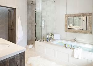 Master Bath - Fish Creek Lodge - Teton Village Luxury Cabin