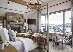 Master Bed - Fish Creek Lodge - Teton Village Luxury Cabin