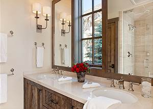 Guest Bed 1 Bath - Fish Creek Lodge - Teton Village Luxury