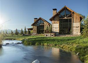 Fish Creek Lodge 11