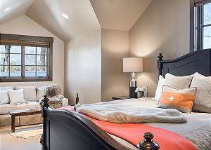 Guest Bed 2 - Jackson Hole Golf and Tennis - Luxury Cabin