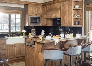 Kitchen - Jackson Hole Golf and Tennis - Luxury Cabin Rental
