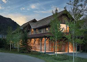 Exterior - Fish Creek Lodge - Teton Village Luxury Cabin Rental