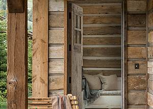 Entryway - Fish Creek Lodge - Teton Village Luxury Cabin Rental