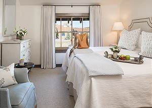 Guest Bed 2 - Lodge at Shooting Star - Teton Village Luxury Cabi