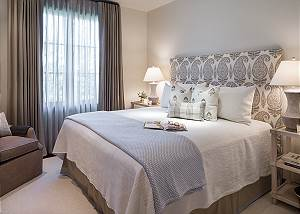 Guest Bed 1 - Lodge at Shooting Star - Teton Village Luxury Cabi