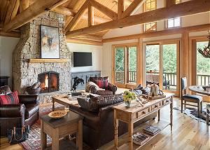 Great Room - Two Elk Lodge  -Luxury Cabin  - Jackson Hole