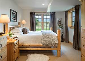 Guest Bed 1 - Two Elk Lodge  - Luxury Cabin  - Jackson Hole