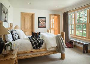Guest Bed 2 - Two Elk Lodge  - Luxury Cabin  - Jackson Hole