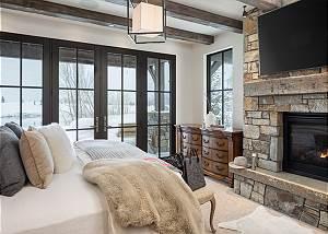 Junior Master -  Lake Vista - Teton Village Luxury Villa
