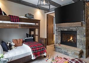 Bunk Room -  Lake Vista - Teton Village Luxury Private Villa